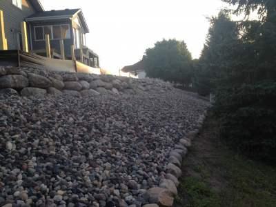natural-stone-walls